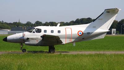 099 - Embraer EMB-121AA Xingú - France - Air Force