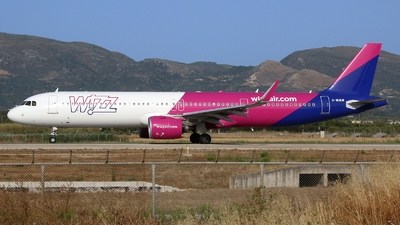 A picture of GWUKM - Airbus A321271NX - Wizz Air - © AL-Alan Lebeda