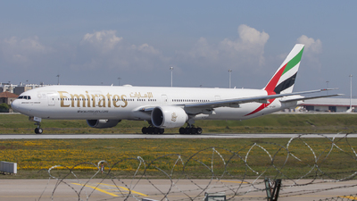 A6-ENY - Boeing 777-31HER - Emirates