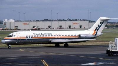 VH-TJL - McDonnell Douglas DC-9-31 - Trans Australia Airlines (TAA)
