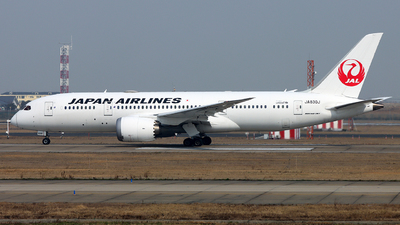 A picture of JA830J - Boeing 7878 Dreamliner - Japan Airlines - © Michael Tang