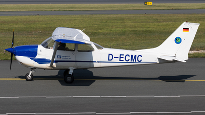 D-ECMC - Reims-Cessna F172H Skyhawk - Private