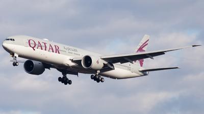 A picture of A7BAO - Boeing 7773DZ(ER) - Qatar Airways - © RobertLN