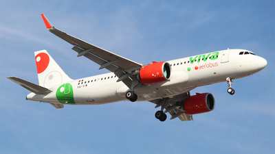 A picture of XAVIW - Airbus A320271N - VivaAerobus - © Alejandro Aceves