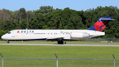 N921AT - Boeing 717-231 - Delta Air Lines