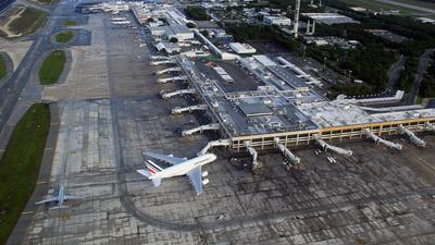 MMUN - Airport - Terminal