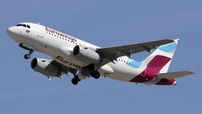 A picture of OELYV - Airbus A319132 - Eurowings - © Johannes Reichert