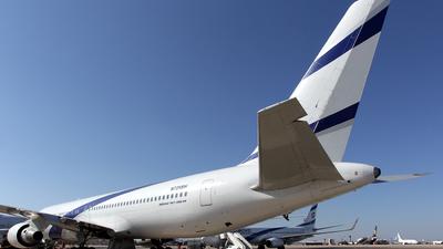 A picture of N725SH - Boeing 7673Q8(ER) - [27993] - © Rami Mizrahi
