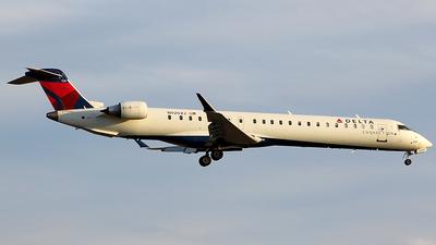 A picture of N920XJ - Mitsubishi CRJ900LR - Delta Air Lines - © Chrisjake