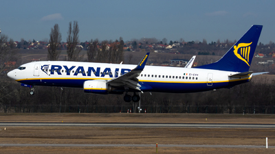 A picture of EIEVH - Boeing 7378AS - Ryanair - © Bartosz Glasek
