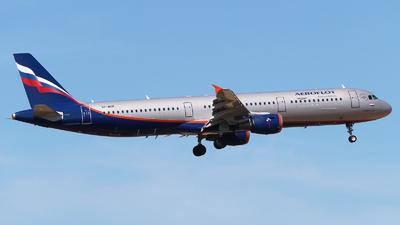 A picture of VPBOE - Airbus A321211 - Aeroflot - © Mikhail Tkachuk