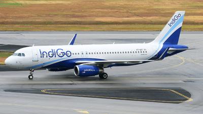 VT-IAY - Airbus A320-232 - IndiGo Airlines