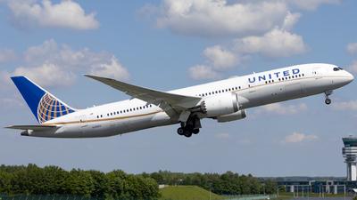 A picture of N19951 - Boeing 7879 Dreamliner - United Airlines - © Kris Van Craenenbroeck