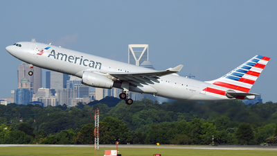 N284AY - Airbus A330-243 - American Airlines