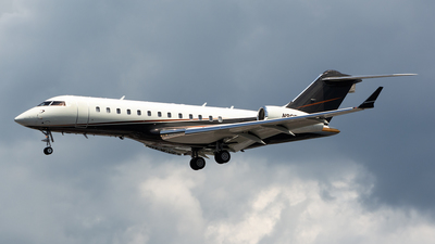 N96FX - Bombardier BD-700-1A10 Global Express - Flexjet