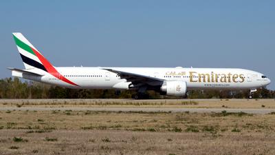 A picture of A6EPN - Boeing 77731H(ER) - Emirates - © Donato Bolelli