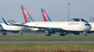 A picture of N172DN - Boeing 767332(ER) - Delta Air Lines - © Erik Goodfellow