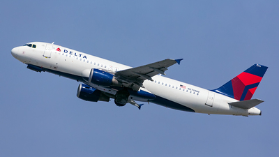 N370NW - Airbus A320-212 - Delta Air Lines