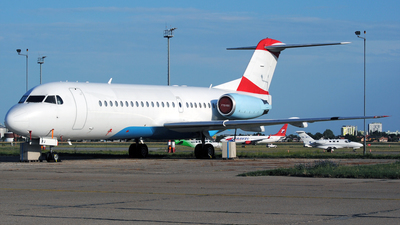 OE-LFJ - Fokker 70 - Untitled