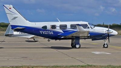 YV2704 - Piper PA-31-325 Navajo C/R - Private