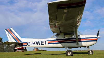 G-KWET - Cessna 150L - Go Fly Oxford