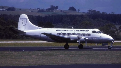VH-CLV - De Havilland DH-114 Heron - Airlines of Tasmania