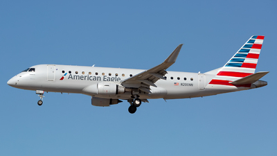 A picture of N200NN - Embraer E175LR - American Airlines - © Chris Pitchacaren