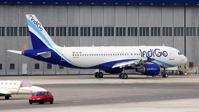 OE-IGP - Airbus A320-214 - IndiGo Airlines