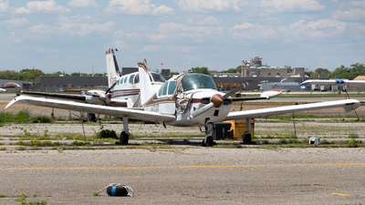 N6998R - Beechcraft C23 Sundowner - Private