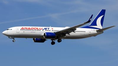 A picture of TCJZR - Boeing 7378JP - Turkish Airlines - © Eddie Heisterkamp