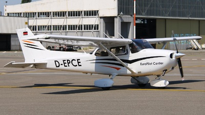 D-EPCE - Cessna 172S Skyhawk SP - Private