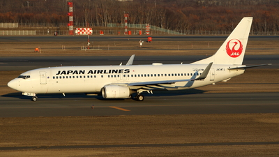 JA347J - Boeing 737-846 - Japan Airlines (JAL)