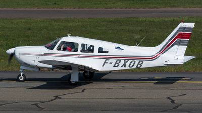 A picture of FBXOB - Piper PA28 - [28R7435198] - © Hervé Champain