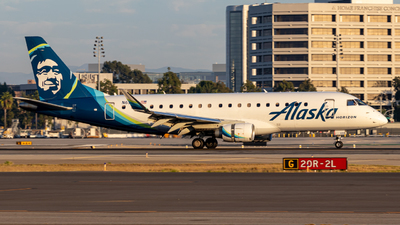 A picture of N633QX - Embraer E175LR - Alaska Airlines - © Issac