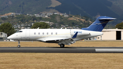N300NZ - Bombardier BD-100-1A10 Challenger 300 - Private