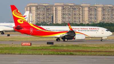 A picture of B1372 - Boeing 73784P - Hainan Airlines - © Captain Zhang