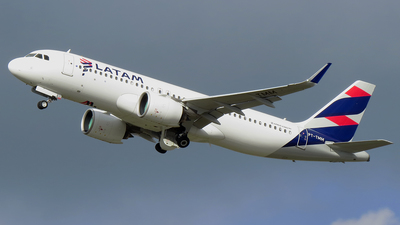 PT-TMM - Airbus A320-271N - LATAM Airlines