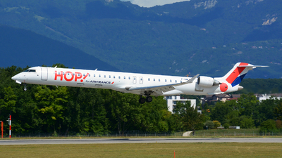 F-HMLC - Bombardier CRJ-1000EL - HOP! for Air France