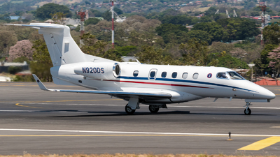 A picture of N920DS - Embraer Phenom 300 - [50500530] - © Alfredo La Red