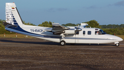 YV-454CP - Rockwell 690B Turbo Commander - Private