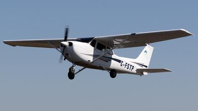 C-FSTP - Cessna 172S Skyhawk SP - Mount Royal University