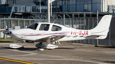 A picture of VHSJA - Cirrus SR20 - [1353] - © George Canciani