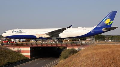 F-WWKQ - Airbus A330-941 - RwandAir