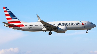 A picture of N323RM - Boeing 737 MAX 8 - American Airlines - © Brian T Richards