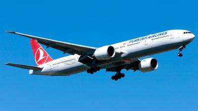 A picture of TCJJY - Boeing 7773F2(ER) - Turkish Airlines - © Ömür Sadikoglu