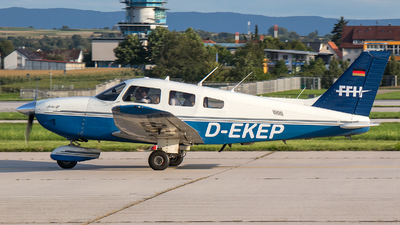 D-EKEP - Piper PA-28-181 Archer III - FFH Flight Training