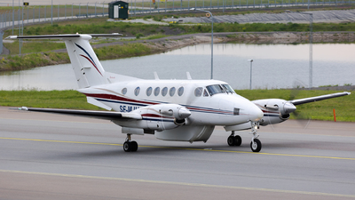 SE-MJU - Beechcraft 200 Super King Air - Jonair