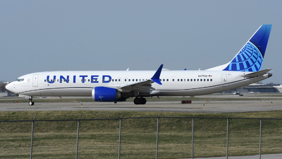 A picture of N37521 - Boeing 737 MAX 9 - United Airlines - © DJ Reed - OPShots Photo Team