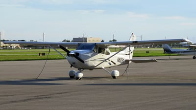 N6031 - Cessna 172S Skyhawk SP - Private