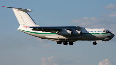 7T-WIG - Ilyushin IL-76TD - Algeria - Air Force